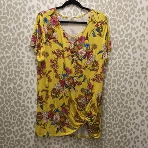 Tops - Bright yellow floral tunic